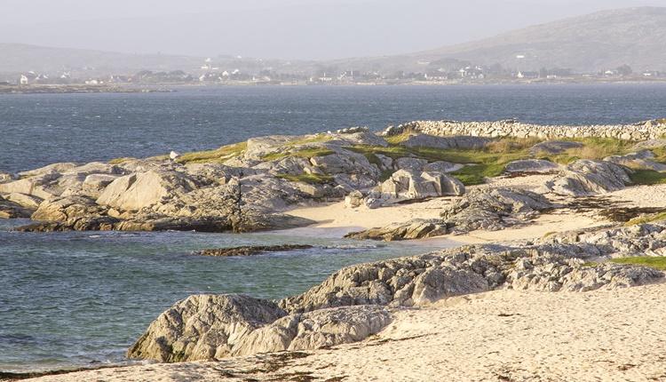 Trá an Dóilin   Guide to Connemara