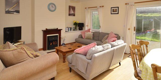 Cottage 323 – Cleggan