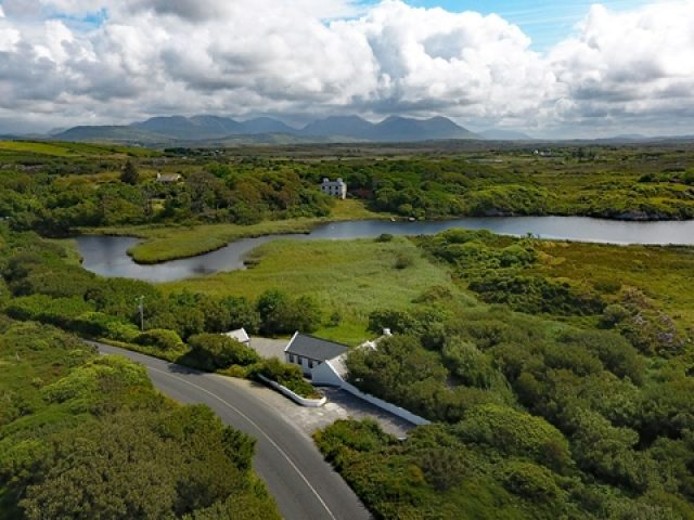 Cottage 344 – Clifden